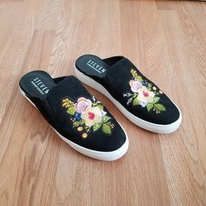 Steven Natural Comfort Lora Embroidered Mules 10